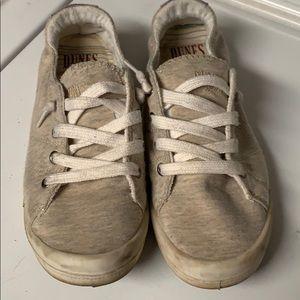 🔥3/$20🔥Dunes Sport sneakers size9